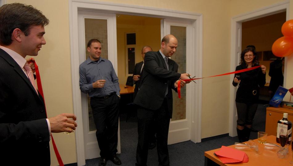 Balkan Services вече е в нов офис - Balkanservices.com