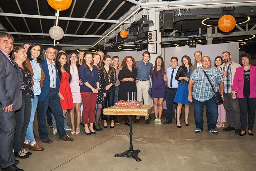 Торта за рожден ден, 15-ти рожден ден на Balkan Services - balkanservices.com
