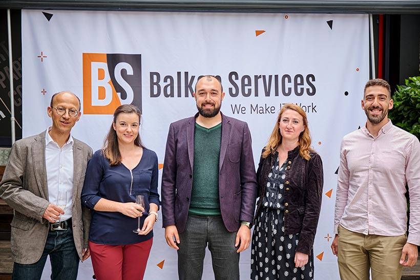 Екип на Balkan Services с партньори, празненство за 15-ти рожден ден - balkanservices.com