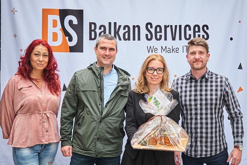Получаване на поздравления за рожден ден на Balkan Services - balkanservices.com